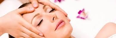 3 Technieken voor gezichtsmassage die je moet... | gezichtsmassage |  acupressuur | lymphdrainagemassage | legerveronique